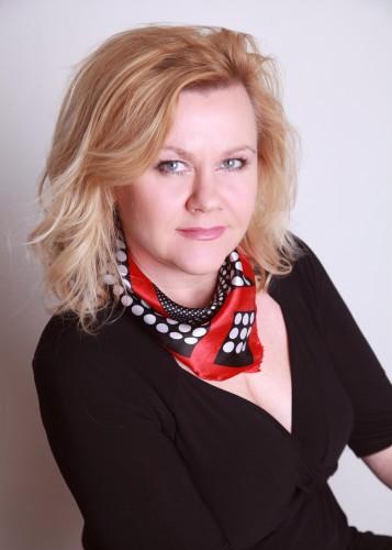 Mgr.Katarína Halabrínová