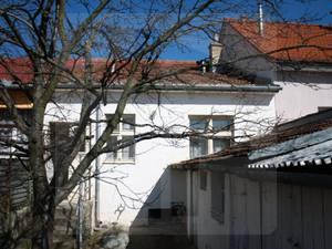rodinny-dom-predaj-maly-domcek-so-zahradkou-v-n-m-n-v-33197