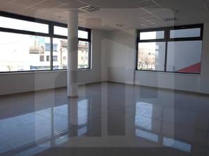 administrativa-prenajom-prenajom-obchodneho-priestoru-v-centre-galanty-39229