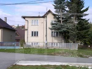 vazec-rodinny-dom-predaj-rodinny-dom-vo-vazci-42497