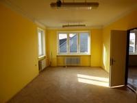 Kancelárske priestory / 2-izbový byt v centre na prenájom