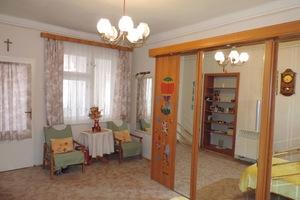 Na predaj 5-izb. rodinný dom s 2-mi samostatnými vchodmi v Hurbanove.