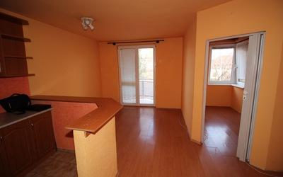 Menší 1 izbový byt je na prenájom v centre mesta !!!
