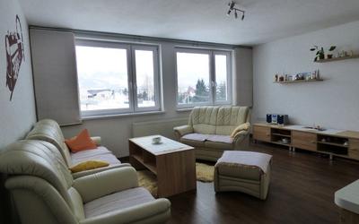 Iba u nás ponúkame na predaj 3 izbový byt po rekonštrukcii s krásnym výhľadom na Tatry