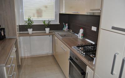 4-izbovy-byt-predaj-ziadna-dalsia-investicia-nadherny-4-izbovy-byt-81-m2-vo-vynkajucej-lokalite-kompletna-a-hlavne-kvalitna-rekonstrukcia-43510