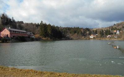 stiavnicke-bane-rekreacia-predaj-pozemok-pri-jazere-43964