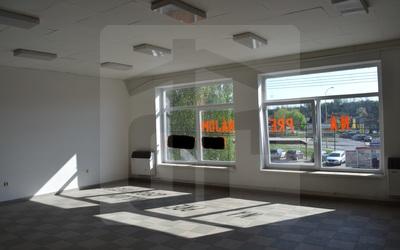 obchodne-priestory-prenajom-viacucelove-vyuzitie-priestorov-pre-vase-podnikanie-v-opatovej-s-bezproblemovym-parkovanim-44881