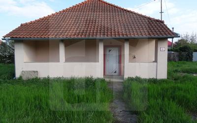 palarikovo-rodinny-dom-predaj-starsi-rd-po-ciastocnej-rekonstrukcii-na-velkom-pozemku-v-tichej-ulici-v-palarikove-44926