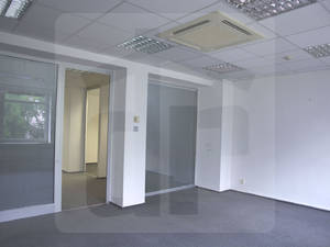 bratislava-stare-mesto-administrativa-prenajom-priestranne-open-space-kancelarie-so-skladom-kuchynkou-a-recepciou-v-centre-mesta-za-super-cenu-45464