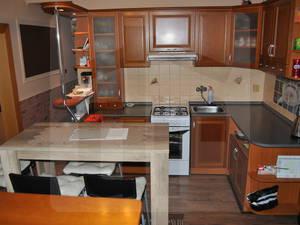 2-izbovy-byt-predaj-velky-2-izbovy-byt-64-m2-loggia-prerobeny-na-3-izbovy-na-neratovickom-namesti-v-ds-blizko-centra-idealne-poschodie-45868