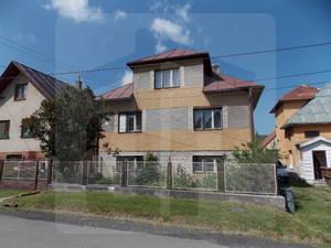 vazec-rodinny-dom-predaj-iba-u-nas-ponukame-na-predaj-rodinny-dom-v-obci-vazec-zachovaly-stav-ponuka-rekreacneho-ale-aj-trvaleho-byvania-46006