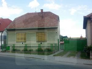 stefanov-rodinny-dom-predaj-iba-u-nas-ponukame-na-predaj-3-izbovy-rodinny-dom-s-garazou-v-obci-stefanov-zachovaly-stav-46046