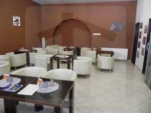 sered-obchodne-priestory-prenajom-kompletne-zrekonstruovane-obchodne-restauracne-alebo-administrativne-priestory-60m2-46059