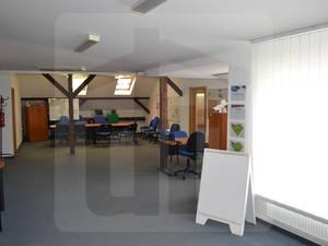 administrativa-prenajom-kancelarske-priestory-priamo-v-meste-s-parkovanim-vo-dvore-s-rampou-46271