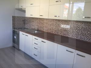 sered-2-izbovy-byt-predaj-dokonale-zrekonstruovany-byt-s-balkonom-a-pivnicou-rezervovane-46475
