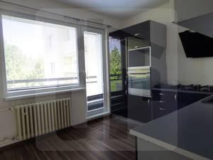 3-izbovy-byt-predaj-ponukame-na-predaj-krasny-3-izbovy-byt-po-rekonstrukcii-v-oblubenej-lokalite-liptovskeho-hradku-46630