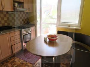 bratislava-petrzalka-3-izbovy-byt-predaj-sympaticky-3-izb-byt-s-loggiou-vo-vybornej-lokalite-s-parkom-pod-oknami-46970